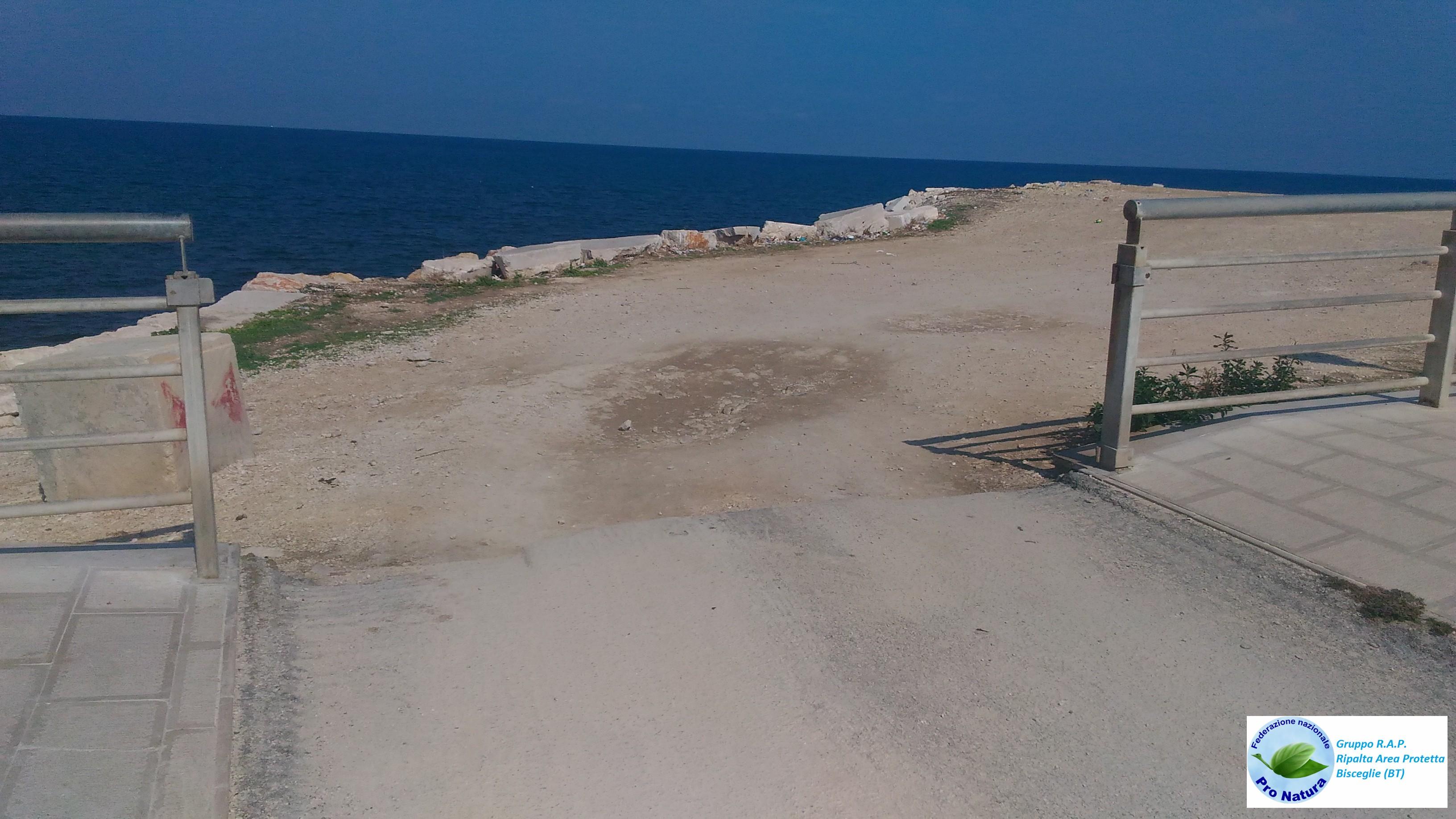 Assenza barriere via Capitini