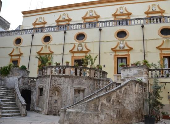 """Villa Fiori, Puglia Scoperta: """"Paghi anche il sindaco di tasca propria per i ricorsi persi dopo gli espropri"""""""