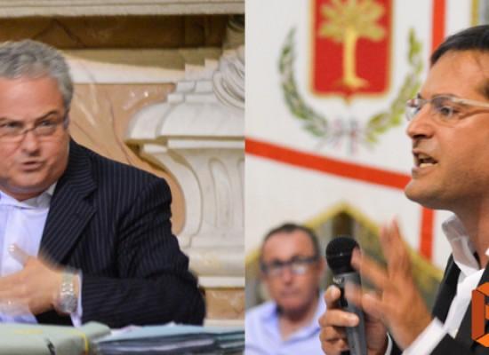 Consiglio comunale: il duro confronto tra Angarano e Franco Napoletano / VIDEO