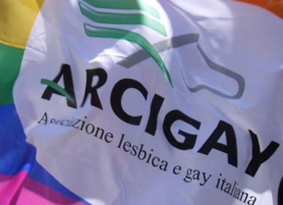 """Incontri Arcigay e gruppo giovani Madonna di Passavia """"Esiste un terreno che ci accomuna"""""""