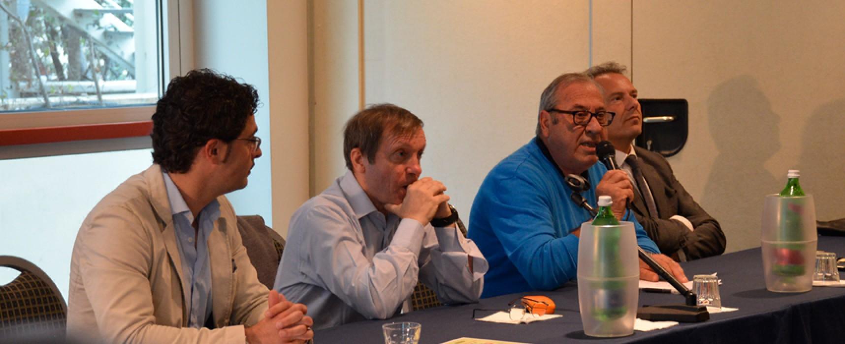 Il Prof. Sandro Donati catalizza la conferenza sul doping / FOTO & VIDEO