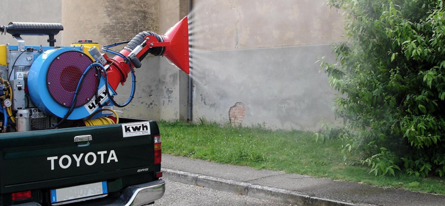 Nuova disinfestazione contro mosche e zanzare in tutta la città