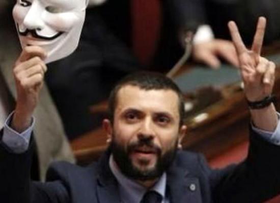 """D'Ambrosio (M5S) ai consiglieri provinciali: """"Avete detto un sacco di chiacchiere, dimettetevi"""""""