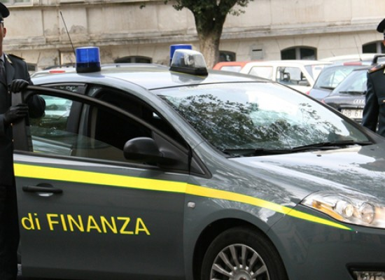 Dieci chili di droga in un box a Bisceglie, arrestato 24enne incensurato