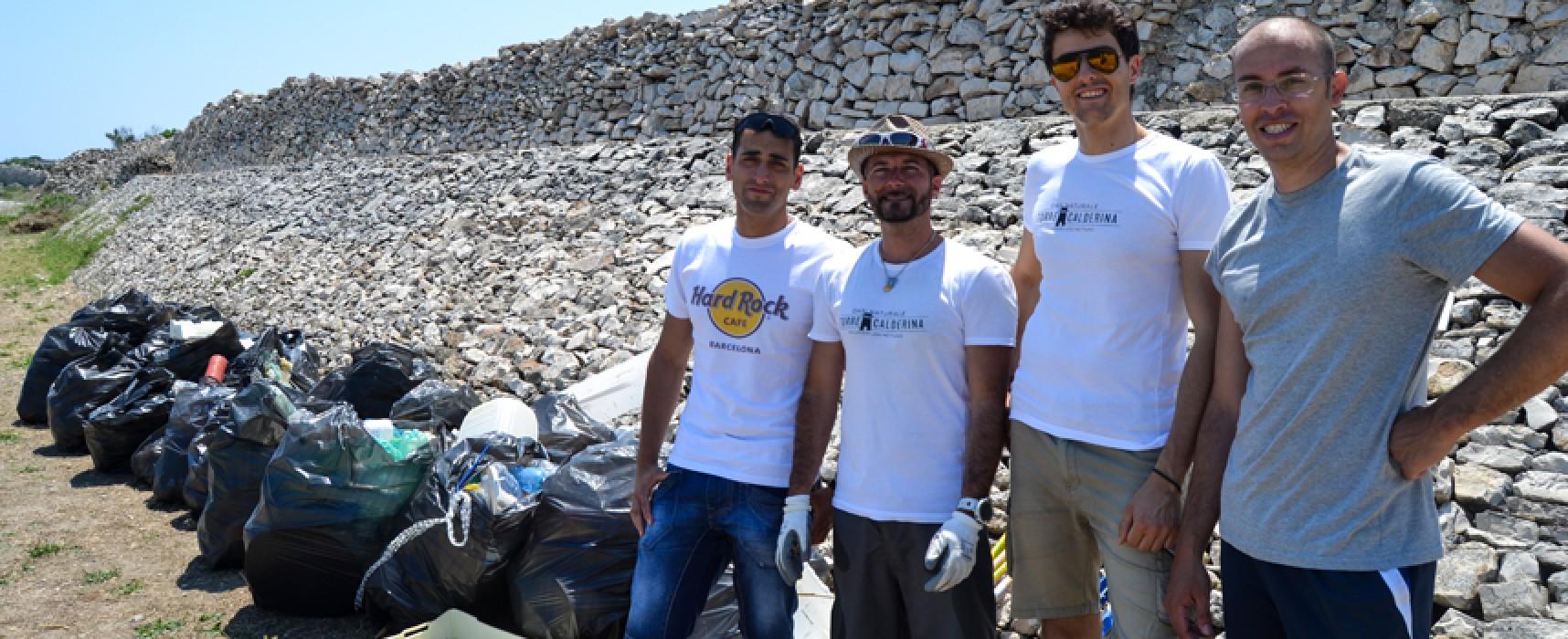 Ripulita l'Oasi di Torre Calderina, 30 sacchi di rifiuti rimossi da 60 volontari / FOTO