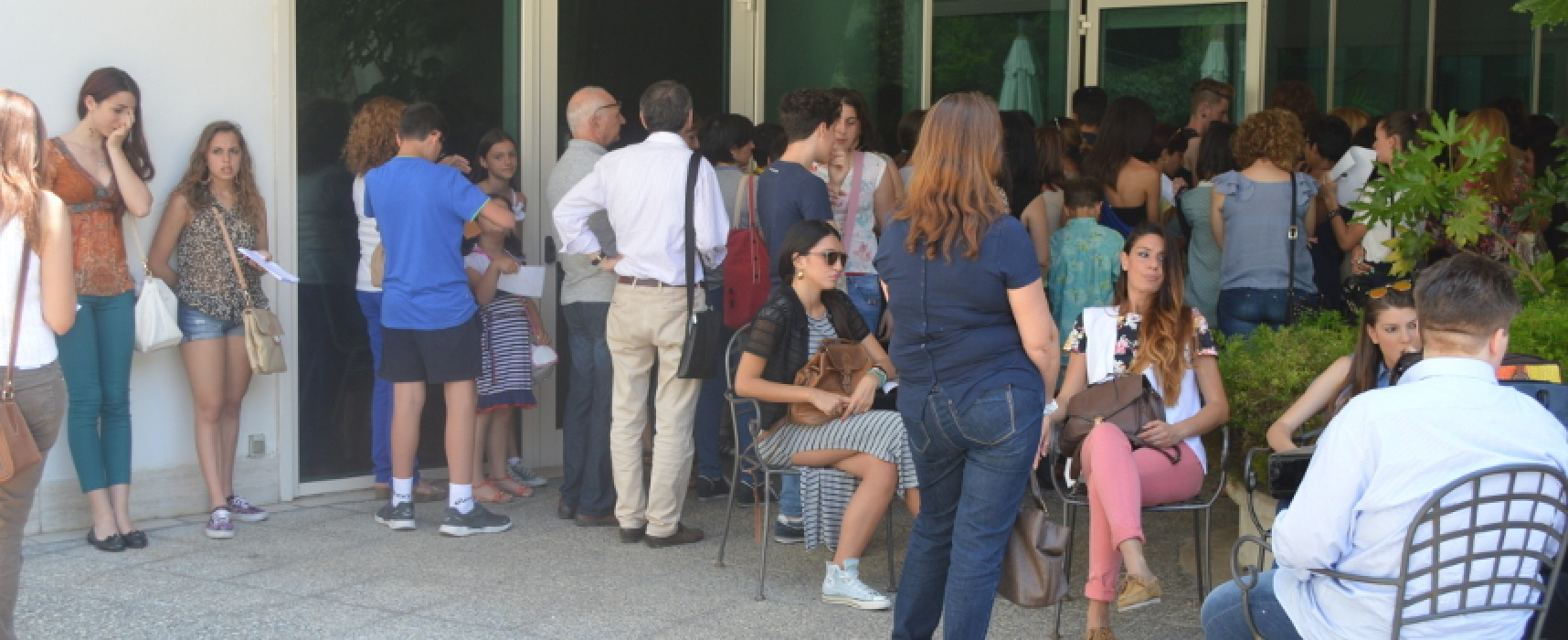 "In fila per un posto da comparsa, il casting del film ""La scelta"" di Michele Placido / VIDEO"