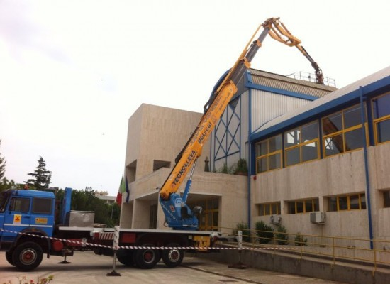 Tempestivo intervento della Provincia per il ripristino del tetto metallico dell'Istituto Tecnico Commerciale