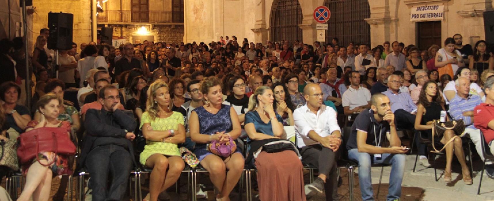 Letteratura e cultura ancora in auge per la seconda serata di Libri nel borgo antico / VIDEO