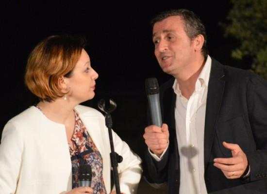 """Carlo Monopoli e Raffaella Montini portano in scena la comicità con """"Rido e… canto quel motivetto"""""""
