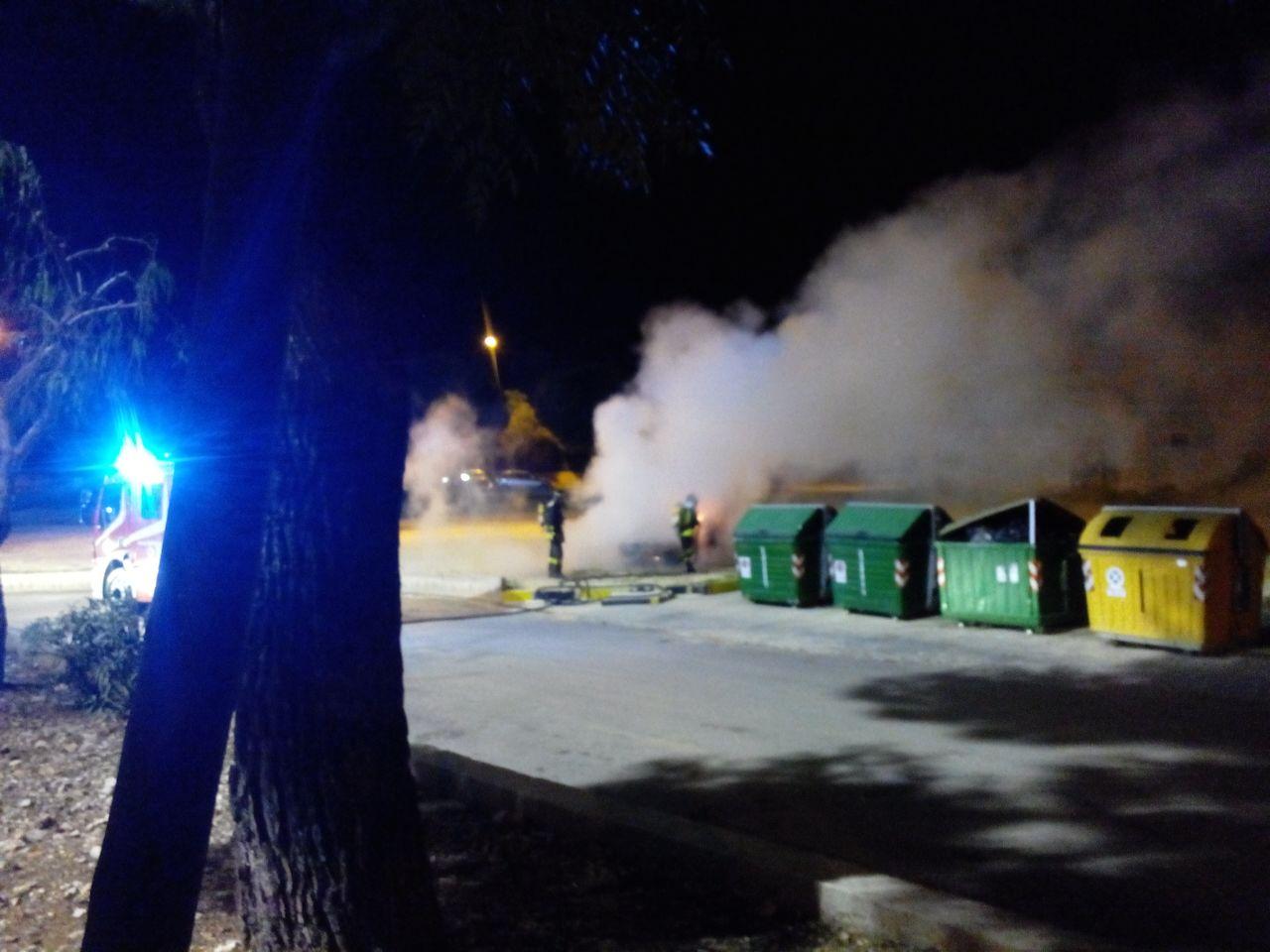 Incendio auto ospedale2