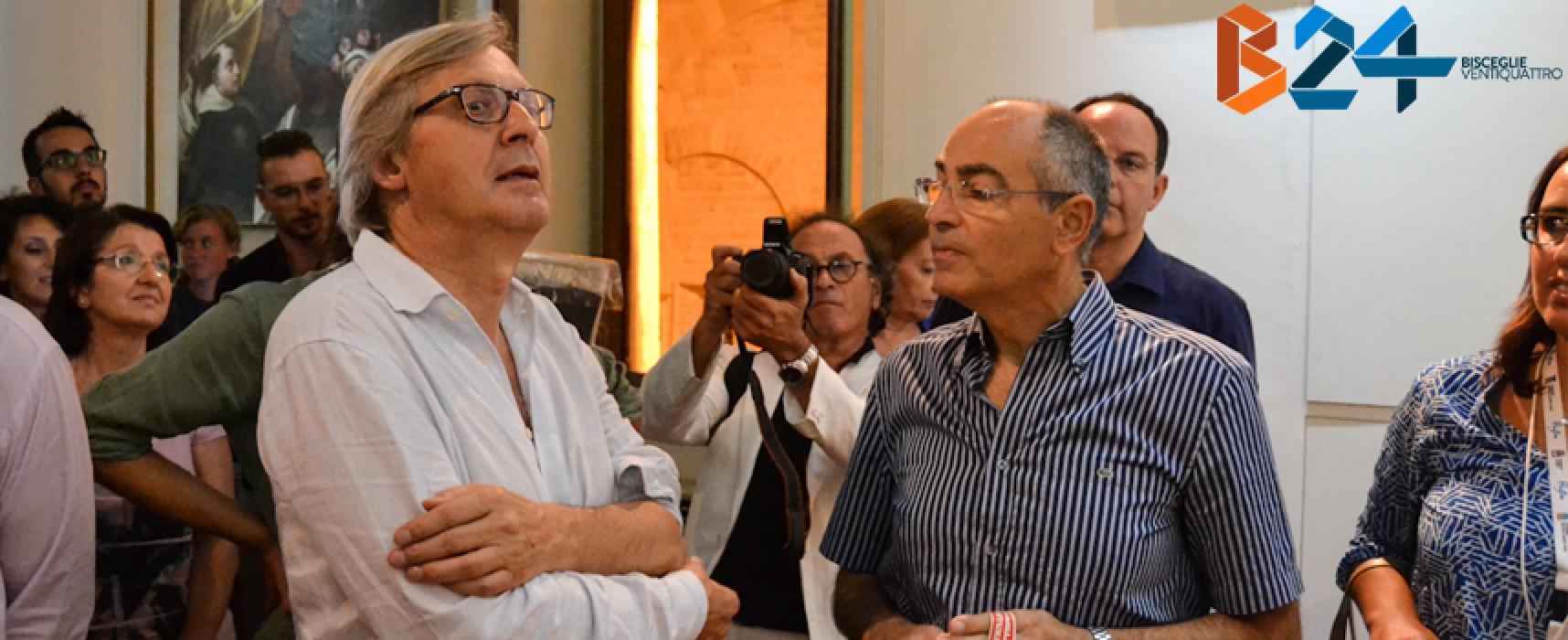 Vittorio Sgarbi in visita al museo diocesano di Bisceglie: tutte le FOTO