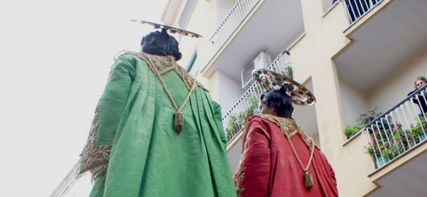 Santi Medici, in partenza oggi le celebrazioni religiose