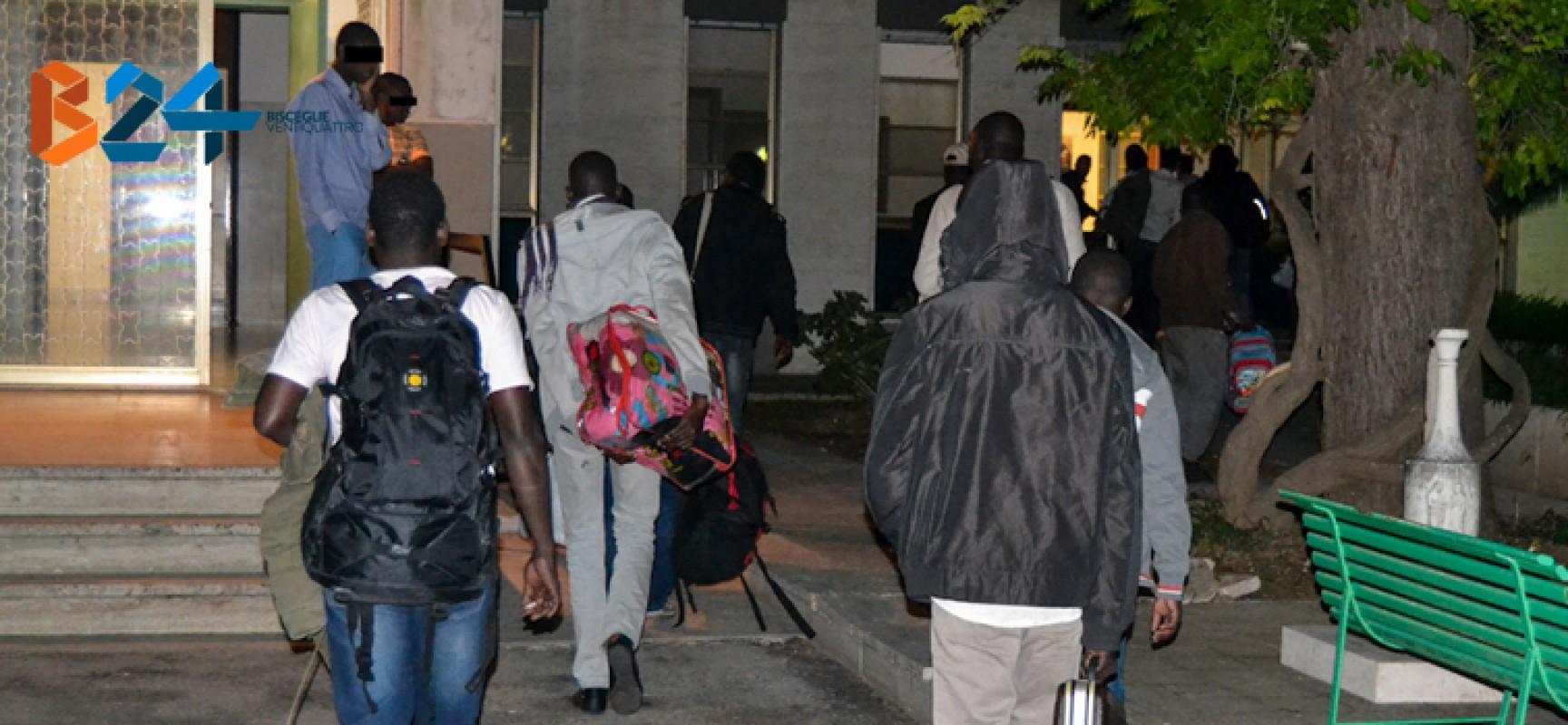 Altri 23 profughi condotti a Villa San Giuseppe, quarto arrivo negli ultimi 40 giorni