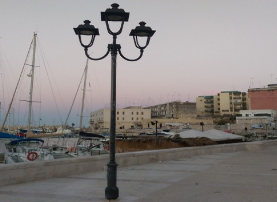 Partita l'installazione dell'illuminazione pubblica su via Nazario Sauro