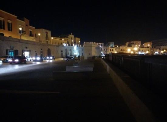 Waterfront ancora al buio, quando saranno installati i lampioni della pubblica illuminazione?