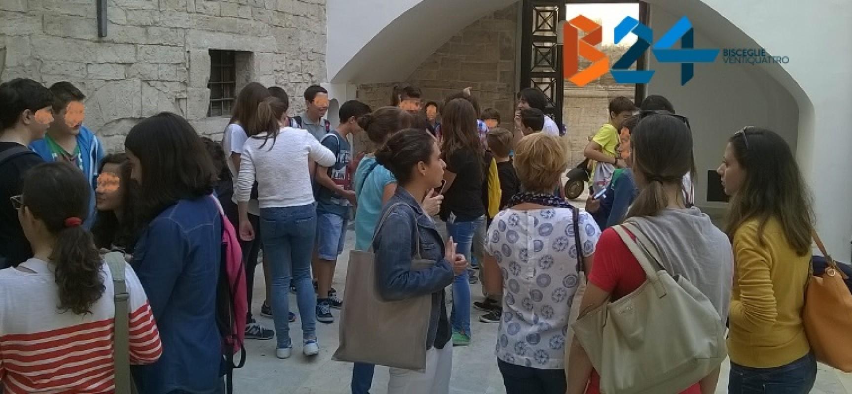 """Progetto """"Comenius"""" Scuola Media Monterisi, studenti dalla Germania in visita a Bisceglie / FOTO"""