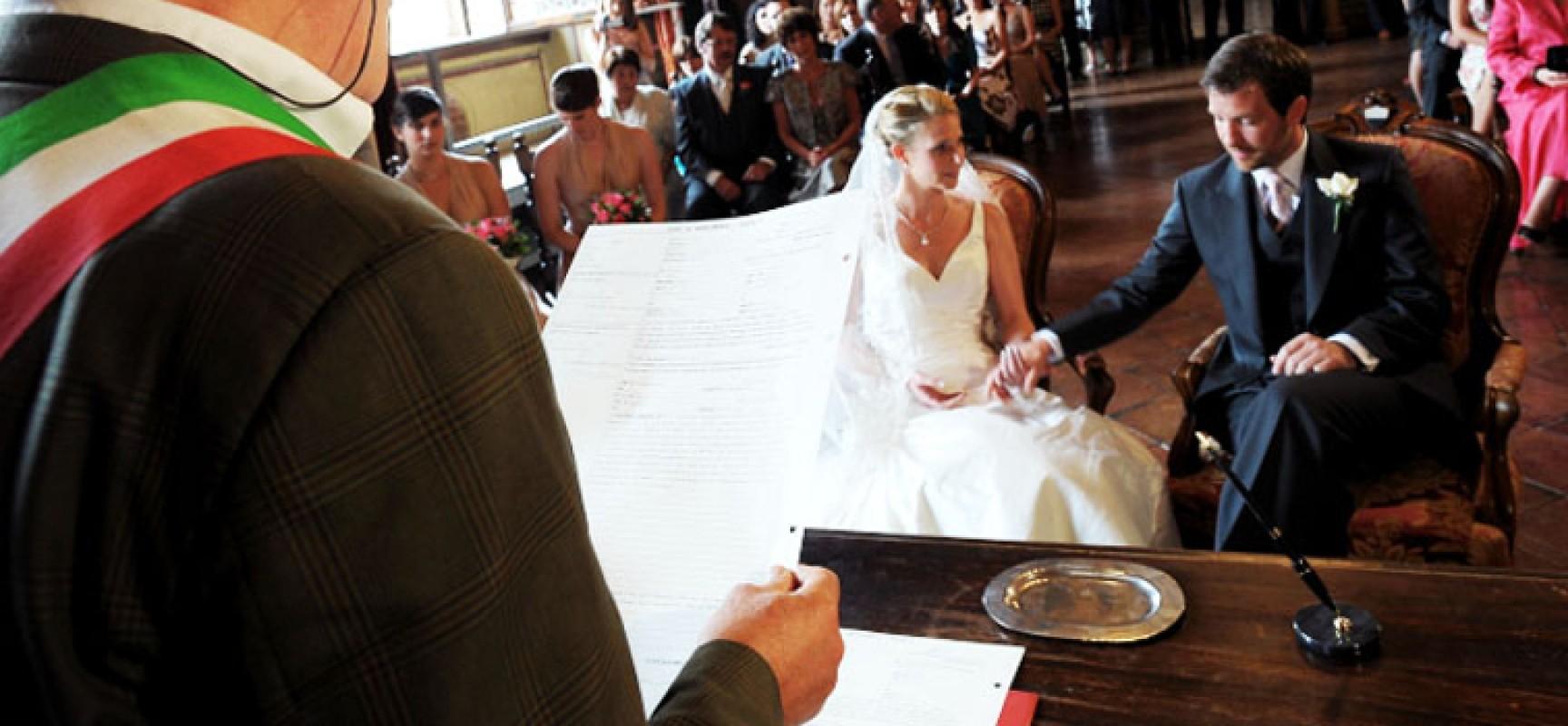 Matrimoni Civili Toscana : La giunta comunale approva il tariffario per i matrimoni