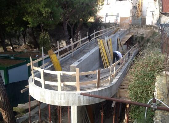 In fase di ultimazione la rampa per disabili del Parco delle Beatitudini, il comune annuncia nuove opere