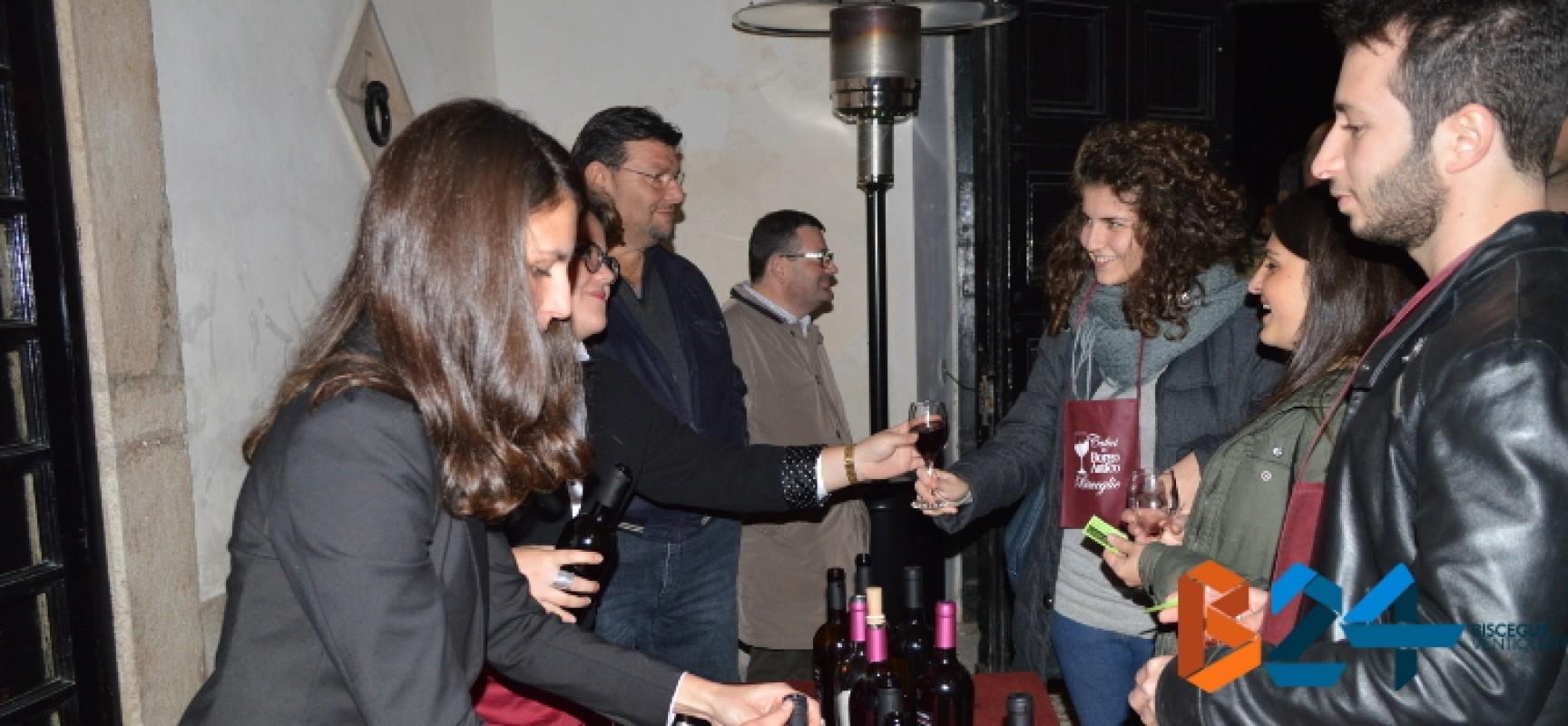 """""""Calici nel Borgo Antico 2014"""", un successo già dalla prima serata / FOTO"""