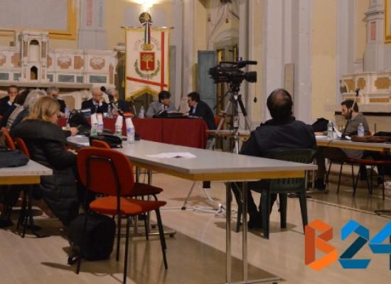 Consiglio comunale, fa discutere ancora il bilancio. Di Tullio lascia il Pdci