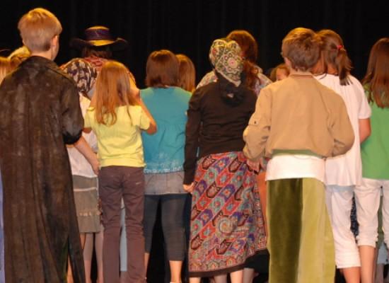 """""""Family 84"""", rassegna teatrale per tutta la famiglia, in scena """"ABC dei diritti"""""""