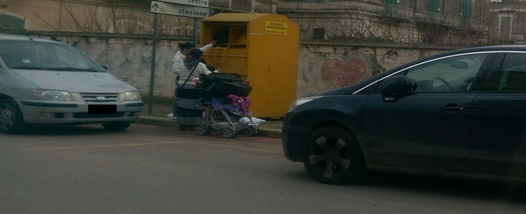 Furti dai cassonetti di indumenti usati, è la volta del quartiere di Sant'Andrea