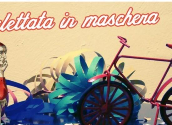Biciliae Fiab, biciclettata in maschera per le vie della città