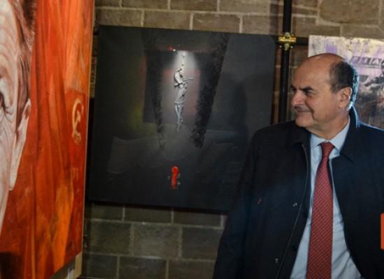 """Inaugurata la mostra su Berlinguer, Bersani: """"Giovani dimostrino che può esistere una politica pulita"""" / FOTO"""