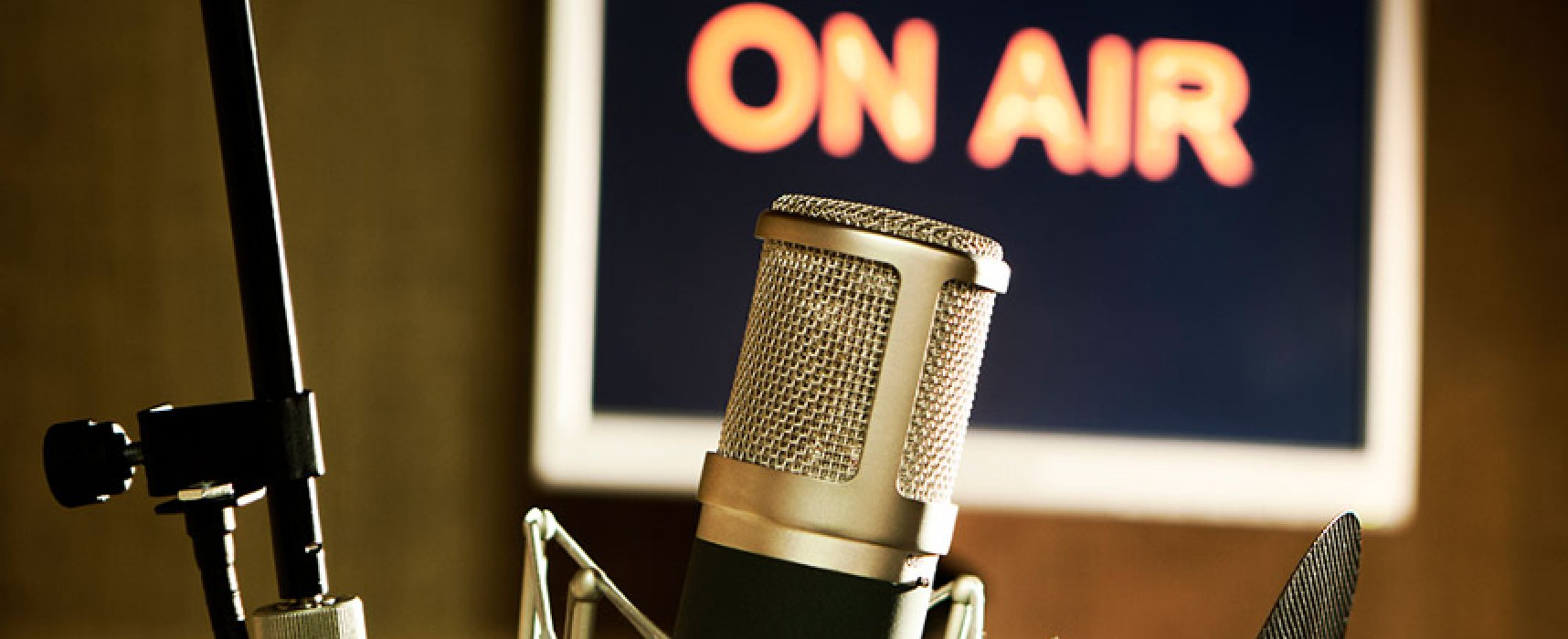 Radio Centro e Unesco Bisceglie insieme per la Giornata Mondiale della Radio / PROGRAMMA