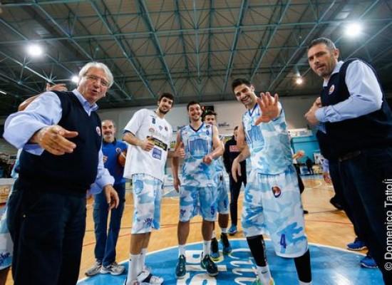 L'Ambrosia batte anche Pescara, 12esima vittoria consecutiva. Ora ci sono i playoff
