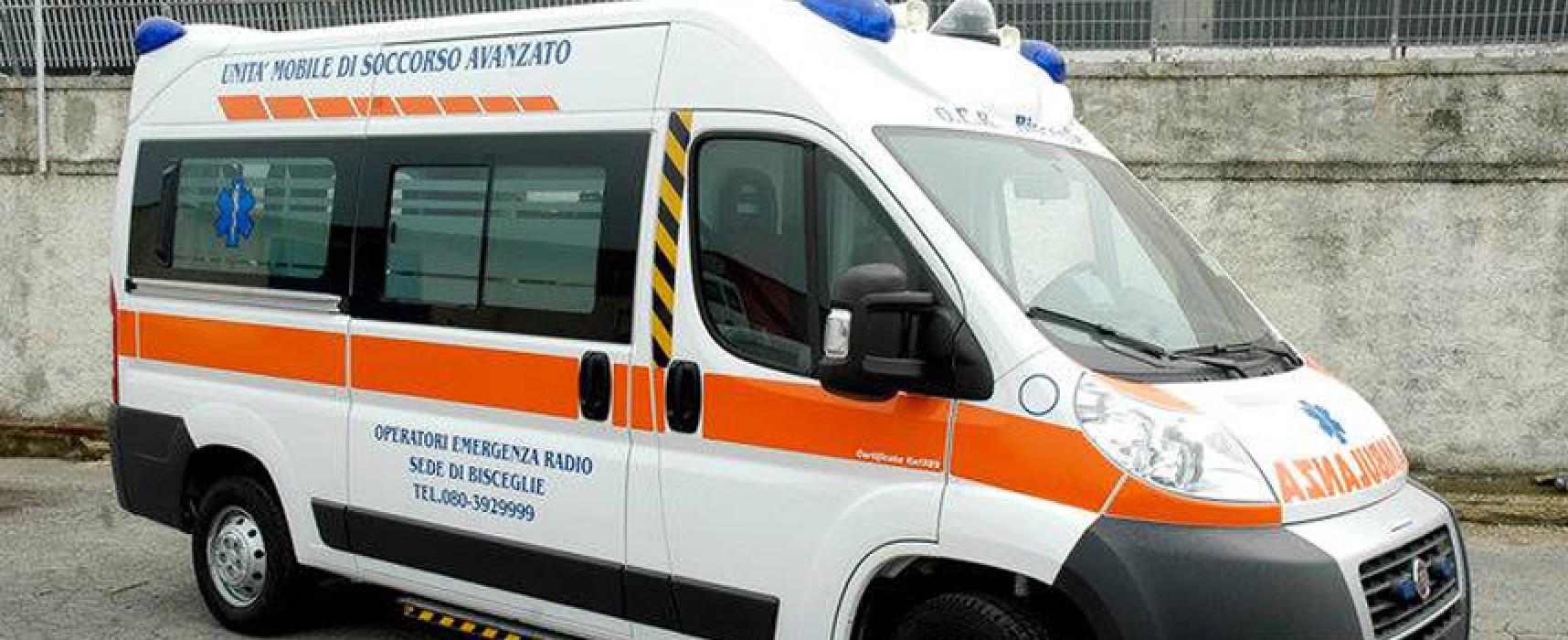 Scontro auto-moto, 40enne al pronto soccorso