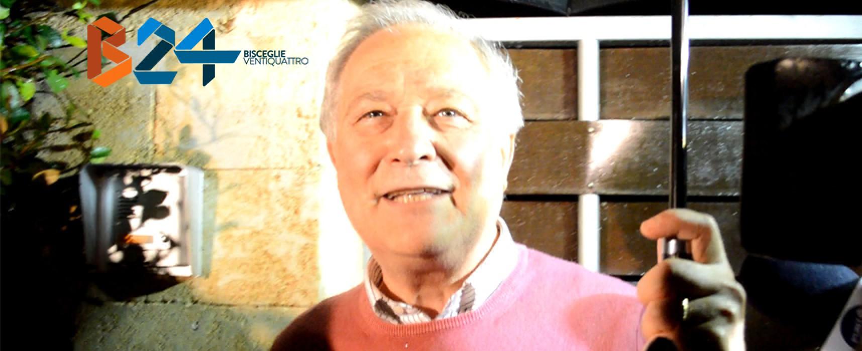 Raffaele Sollecito ha atteso la sentenza a Bisceglie, le dichiarazioni del padre Francesco / VIDEO