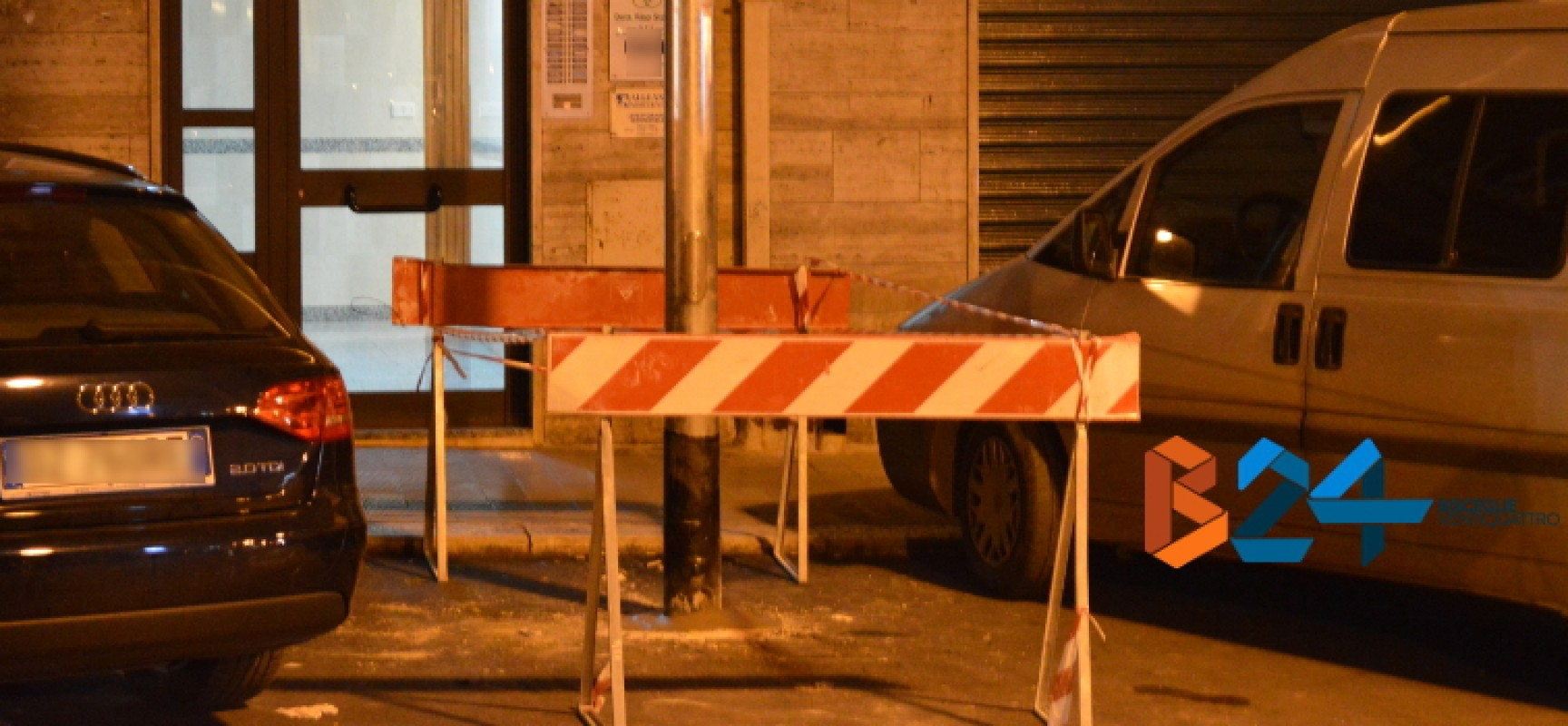 Lo strano caso del palo in via Petronelli, Losapio: «Abbiamo risposto a criteri precisi» / FOTO