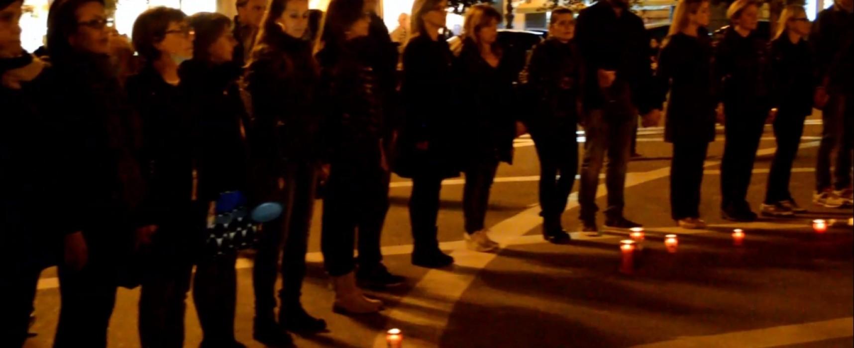 """DDL """"Buona Scuola"""": anche a Bisceglie il Flash mob di protesta dei docenti / VIDEO"""