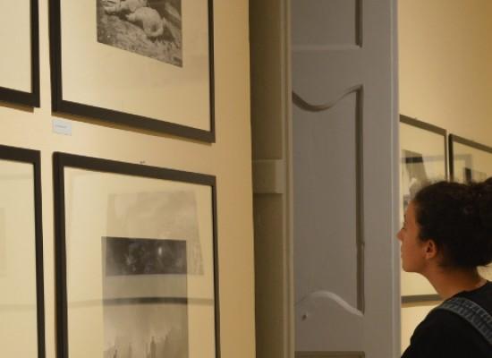 Inaugurata la mostra di Chaldej, fotografo dell'Armata Rossa durante la II guerra mondiale /FOTO