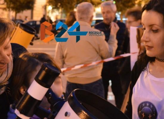 Osservazione pubblica della Luna al telescopio in piazza Vittorio Emanuele il 19 dicembre