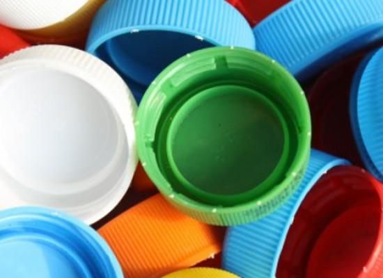 """""""Un mondo plastic-free"""", l'ambiente al centro della conferenza di Bisceglie Illuminata"""