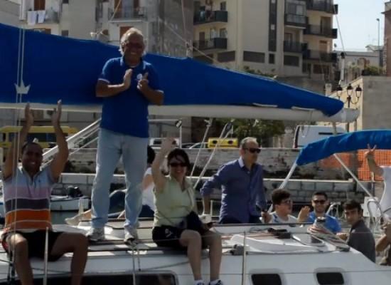 """""""Una vela per amico"""", mare e sport per l'integrazione dei ragazzi disabili /VIDEO"""
