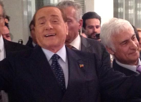 Berlusconi a Bisceglie, le FOTO ESCLUSIVE e i dettagli della cena