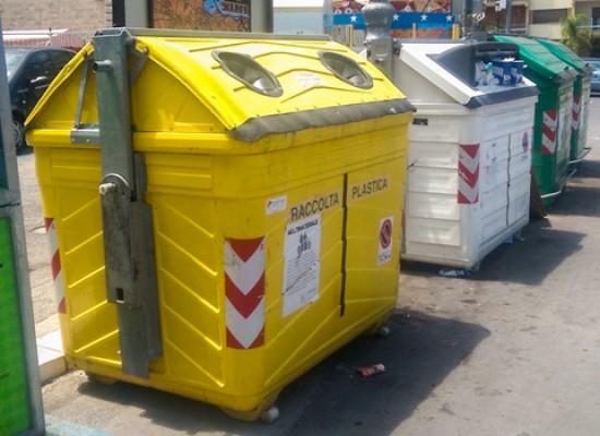 """Emergenza rifiuti, il punto della situazione al 20 giugno. Spina: """"Bisceglie solo sfiorata""""  / FOTO"""