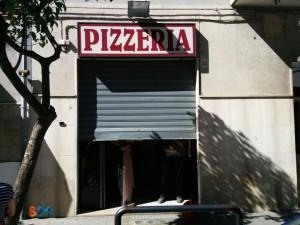 Furto con scasso pizzeria