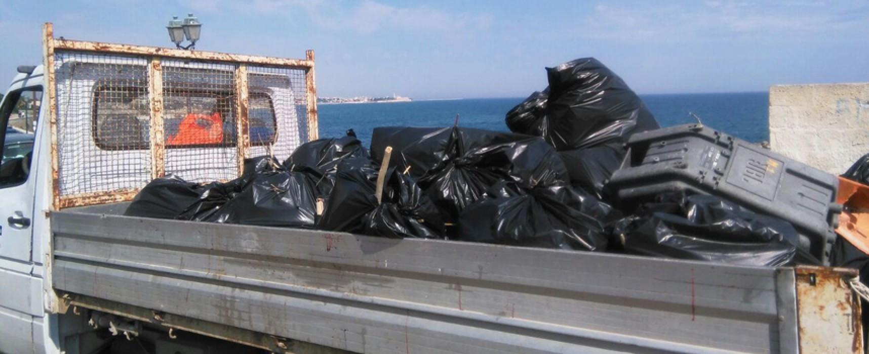 """""""Custodi del mare"""" bis, ieri seconda parte della pulizia delle spiagge"""
