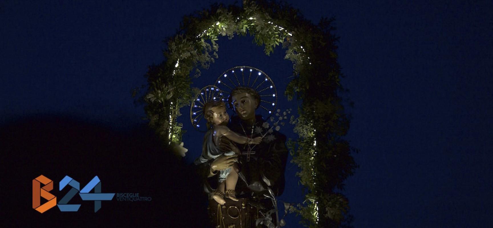 Bisceglie rinsalda il proprio legame col mare onorando Sant'Antonio / FOTO