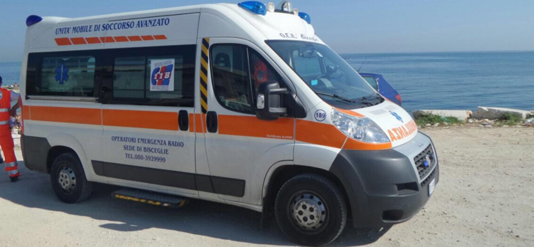 Chiede di vedere il mare di Bisceglie per l'ultima volta, ambulanza si ferma per esaudire desiderio