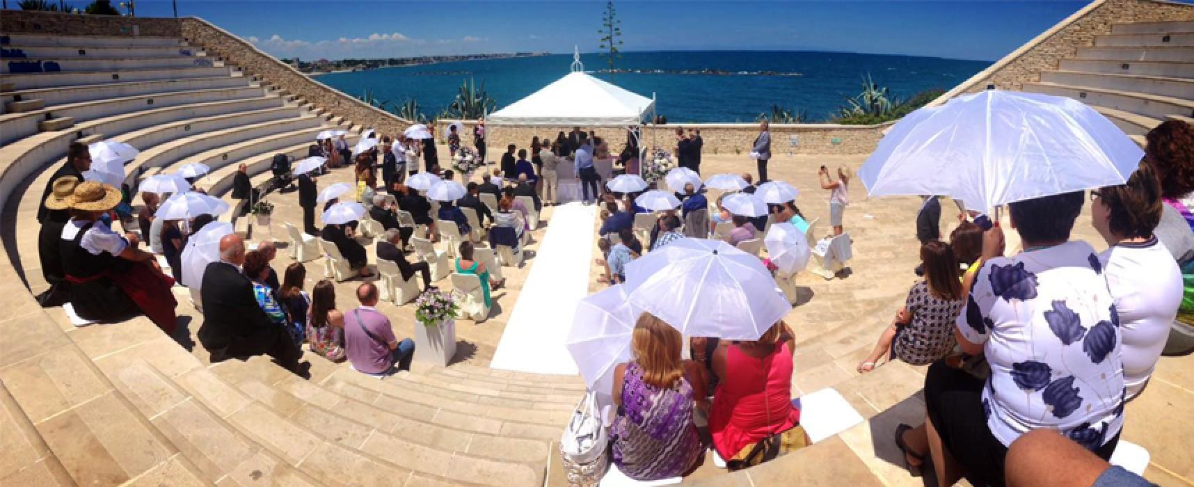 """La favola di Tommaso e Rosemarie, dalla Germania per sposarsi all'""""Anfiteatro"""" / FOTO"""