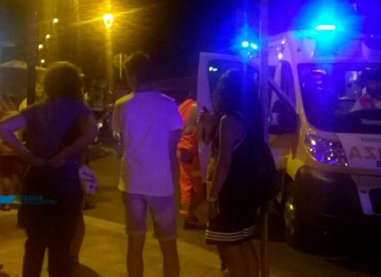Via Prussiano, turista sbalzata a terra da automobilista diciannovenne. Intervengono 118 e Carabinieri / FOTO