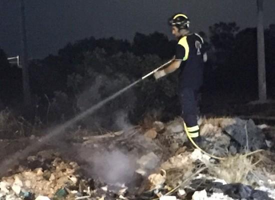 Incendi nella serata di ieri in Via Cala dell'Arciprete e lungo la Bisceglie-Corato