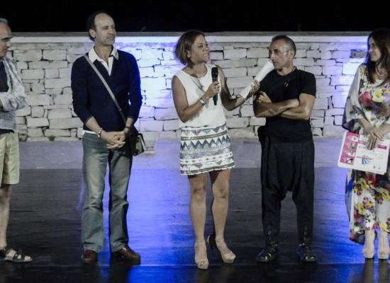 Il saggio finale al teatro Mediterraneo ha chiuso il Dance Festival 2015 / FOTO