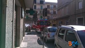 Cassonetto in fiamme via della Repubblica-2