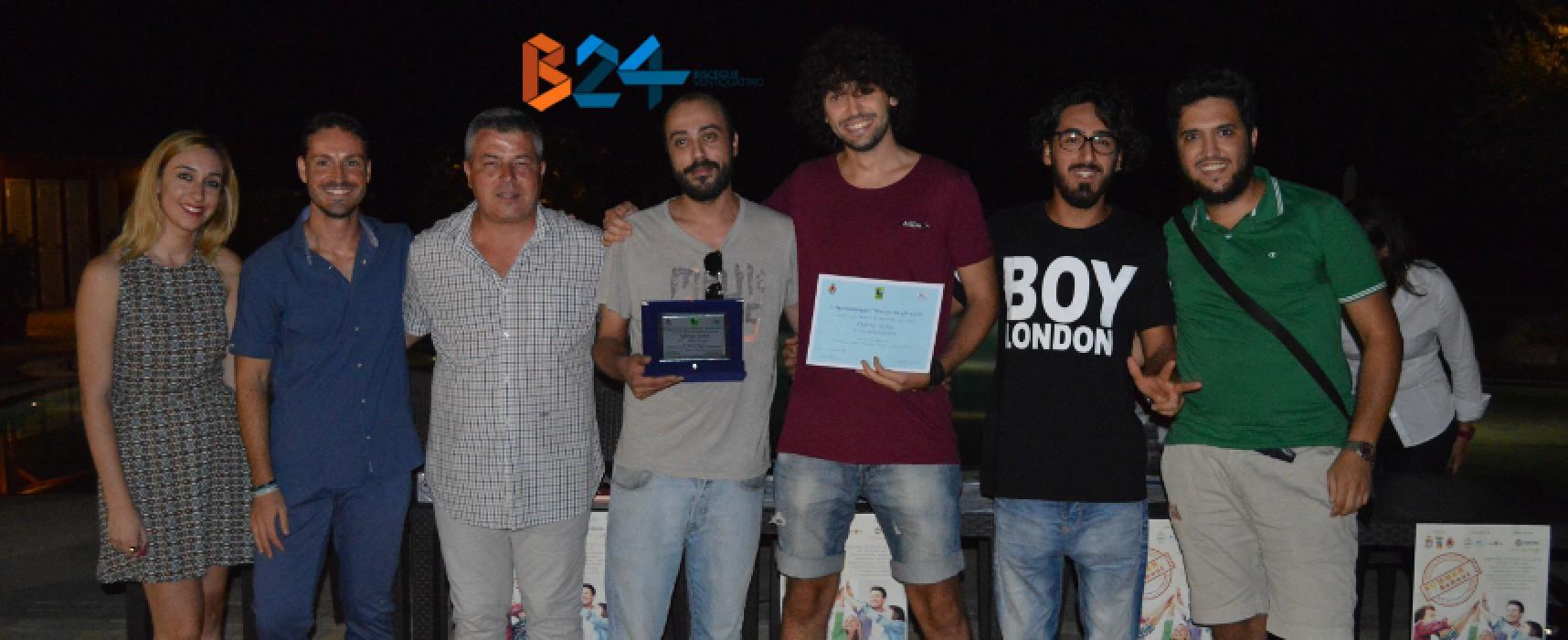 """Il gruppo """"Vinyl Sins"""" si aggiudica la I edizione del contest musicale """"V'Oliamoci Bene"""" / FOTO"""